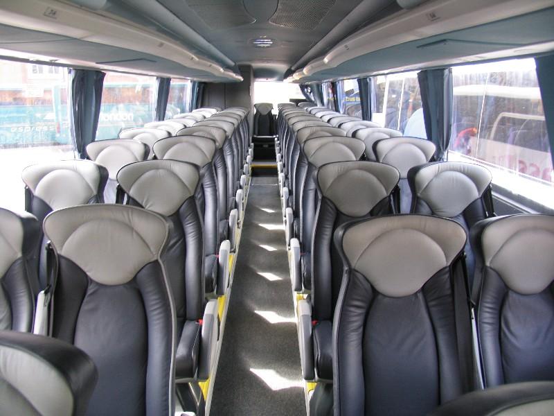 Megabus Sleeper Edinburgh To London Greyhound Vs Megabus